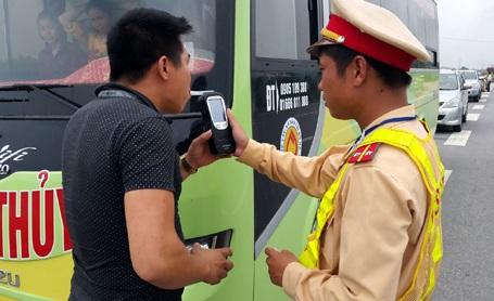 Bộ Công an cho rằng biện pháp tịch thu xe sẽ gây nhiều hệ lụy xã hội.