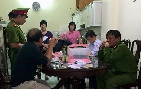 Hà Nội: Khám xét khẩn cấp nơi ở nữ Giám đốc buôn lậu