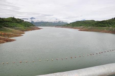 Các hồ thủy điện cắt xén dung tích phòng lũ