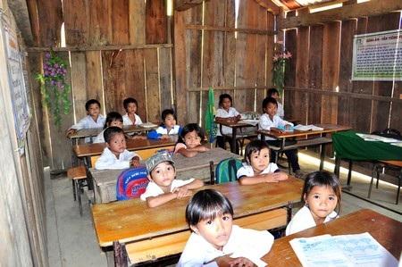 Quảng Nam thẩm định kết quả phổ cập giáo dục tiểu học