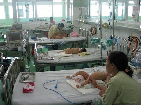 Từ đầu năm đến nay, số ca mắc sốt xuất huyết ở Quảng Nam tăng gần 10 lần so với năm 2011