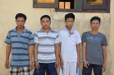 Các đối tượng (từ trái qua): Là, Huy, Cảnh, Tuấn