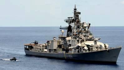 Tàu INS Ranvijay (D55)