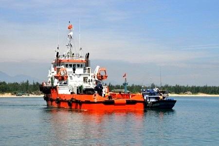 Nhiều tàu cá Việt Nam bị tàu Trung Quốc ngăn cản hoạt động