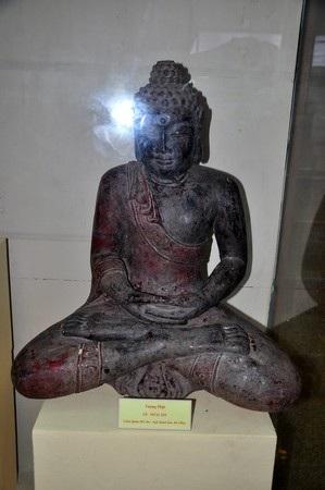 Tượng Phật bằng gỗ (thế kỷ 19)