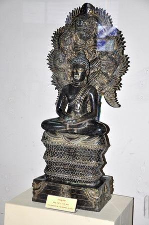 Tượng Phật Quan âm bằng đồng (thế kỷ 18-19)