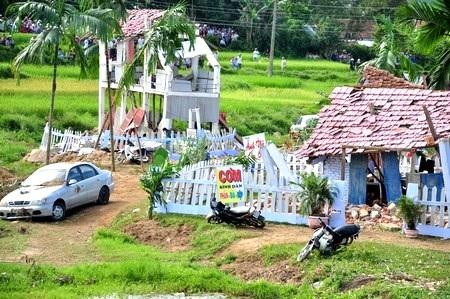 Cảnh diễn tập ứng phó động đất 6,2 độ richter ngày 28/8 tại huyện Bắc Trà My, Quảng