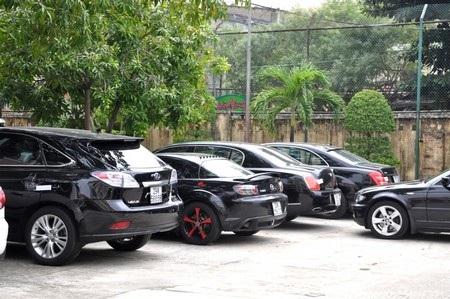 Một số xe ô tô hạng sang bị tạm giữ tại Công an TP Đà Nẵng