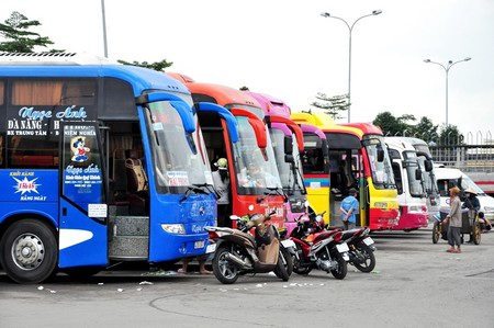 Các đơn vị vận tải cam kết đủ xe phục vụ khách từ Đà Nẵng đi các tuyến trong dịp Tết