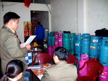 Cơ quan QLTT Đà Nẵng kiểm tra đơn vị vi phạm