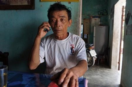 Ông Trần Minh Hùng (bố của Thiên) cho biết: Thiên đã đi làm ăn xa để phụ giúp với gia đình trả nợ