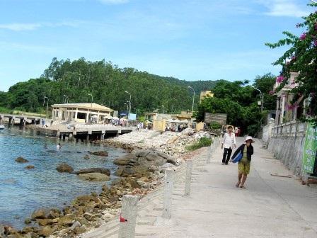 Dự kiến trong năm 2015, người dân trên đảo Cù Lao Chàm sẽ có điện lưới quốc gia