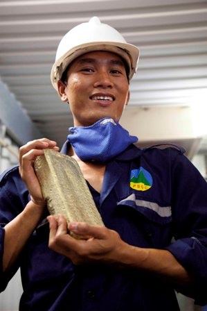 Những thỏi vàng từ mỏ vàng Phước Sơn