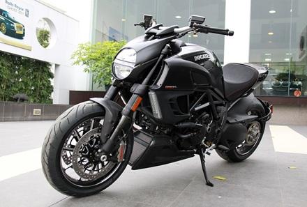 Ducati Diavel Carbon có mặt tại Hà Nội - 3