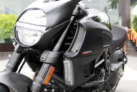 Ducati Diavel Carbon có mặt tại Hà Nội - 1