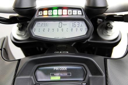 Ducati Diavel Carbon có mặt tại Hà Nội - 15