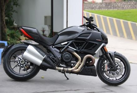 Ducati Diavel Carbon có mặt tại Hà Nội - 4