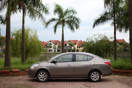 Nissan Sunny - Một mẫu xe thực dụng