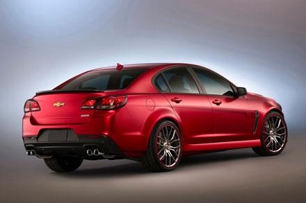 Chevrolet COPO Camaro, chiếc xe được trang bị nhiều tùy chọn động cơ mới,