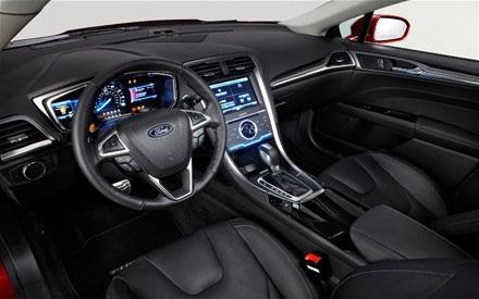 Ford tự hào bán xe plug-in nhiều hơn Toyota tại Mỹ