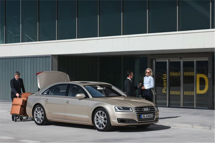 Audi A8L W12 Exclusive – đỉnh cao của bốn vòng tròn