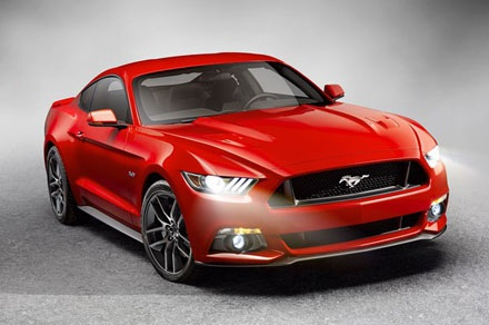 Download trọn bộ hình nền của mẫu Ford Mustang phiên bản 2015