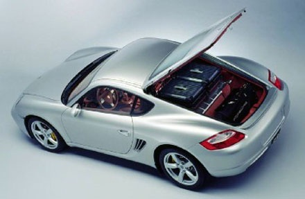 Động cơ cung cấp cho chiếc Chevrolet công suất 455 mã lực, momen xoắn cực đại 624 Nm