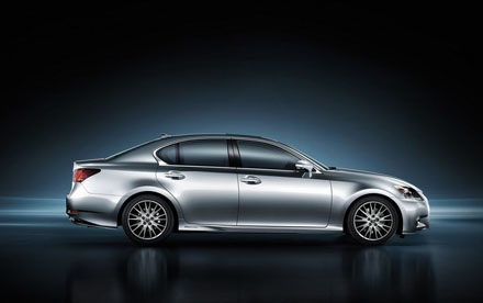 Toyota tung phiên bản Lexus GS 300h mới ở châu Âu