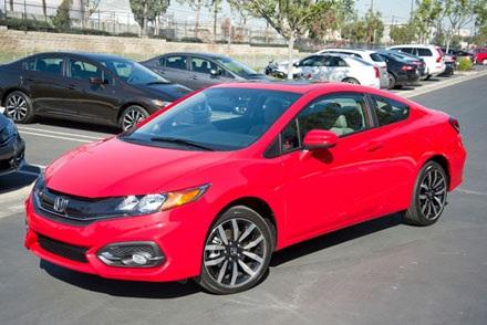 Honda Civic Coupé 2014: 336.180 chiếc, sử dụng động cơ 1,8 lít 4 xy lanh thẳng hàng,