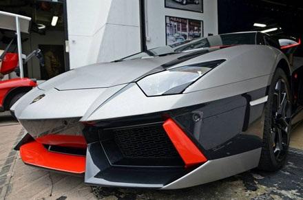 Lamborghini Aventador qua tay nhà độ Cohen & Cunild