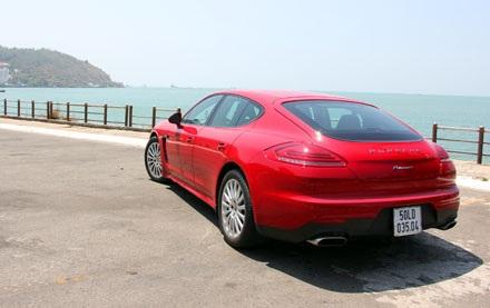 Porsche công bố gói phụ kiện cho Panamera tại Việt Nam