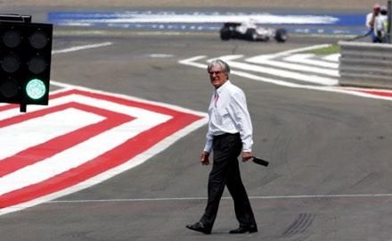Ông chủ của giải đua F1 -