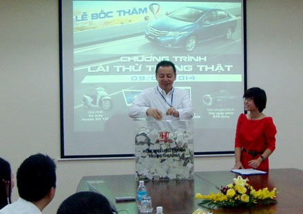 Lái thử ôtô – trúng xe máy SH với Honda Việt Nam