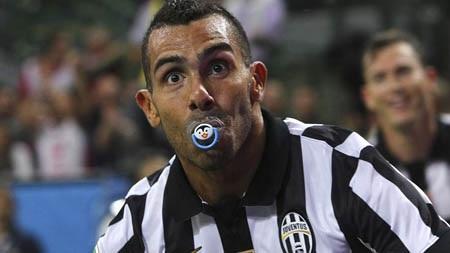 Carlos Tevez đang là tiền đạo đáng sợ nhất Serie A