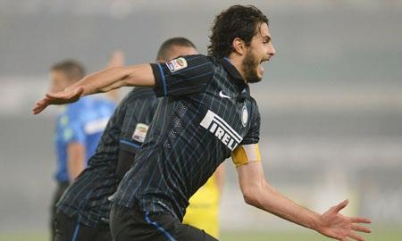 Inter giành chiến thắng đầu tiên dưới thời HLV Mancini