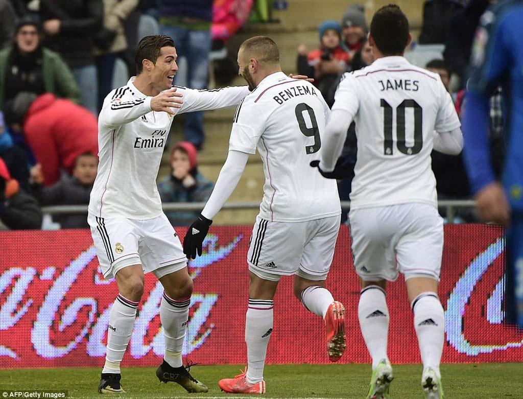 """Real Madrid xuất sắc """"vô địch"""" lượt đi La Liga"""