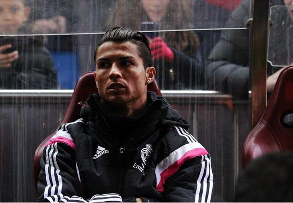 C.Ronaldo dự bị vì lý do sức khỏe