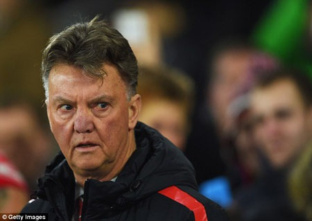 Van Gaal thừa nhận may mắn trước Southampton
