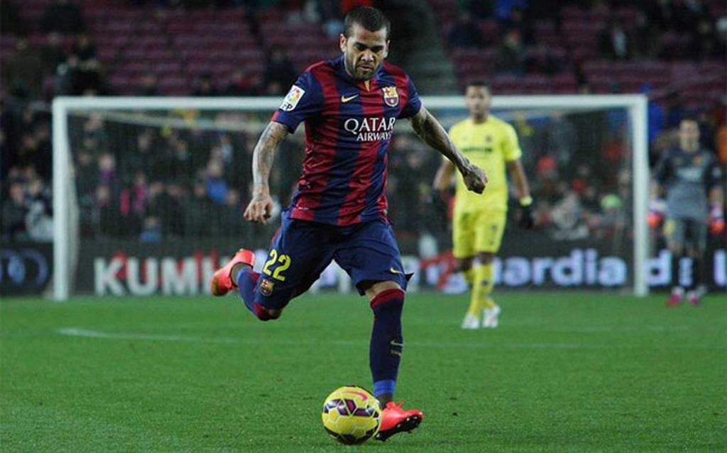 Daniel Alves sẽ chia tay Barcelona?