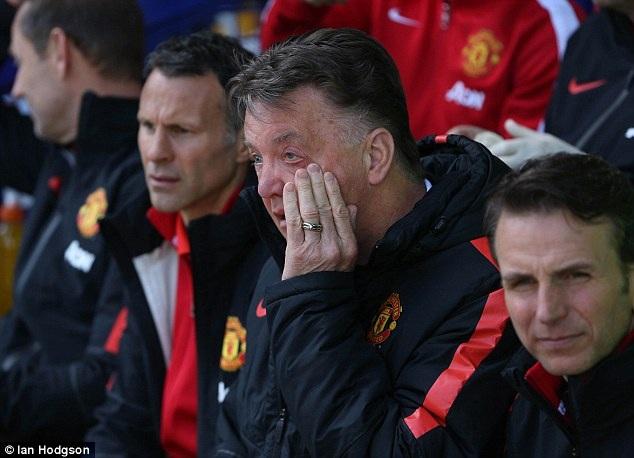 Thất bại trước Everton mang lại nhiều kinh nghiệm quý báu cho Van Gaal
