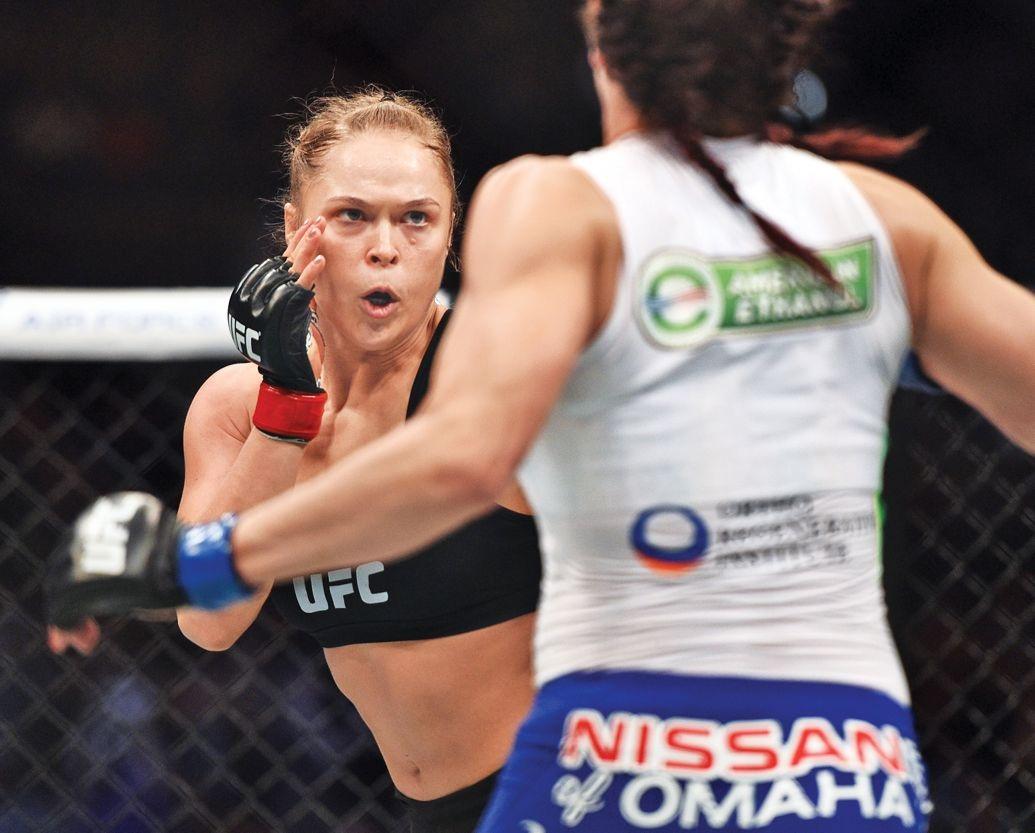 Sau ánh hào quang của Ronda Rousey là cuộc sống đầy... ẩn khuất