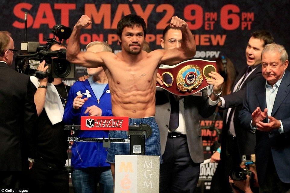 Trong khi đó, Pacquiao nặng 65,7 kg