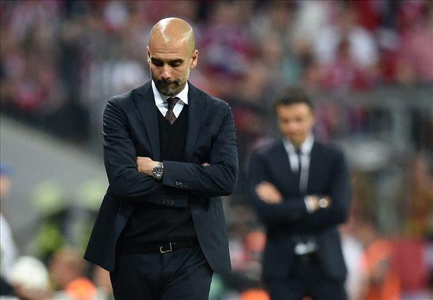 HLV Guardiola thêm lần ngả mũ trước Messi