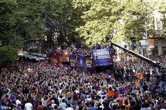 Niềm vui vô bờ bến của những người Barcelona