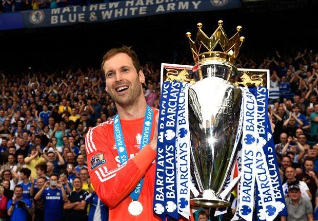 Petr Cech nghẹn ngào nói lời chia tay Chelsea