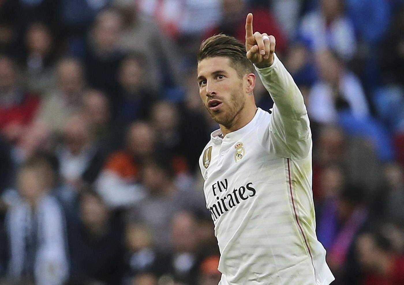 """MU sẽ phải trả lương """"khủng"""" cho Sergio Ramos"""