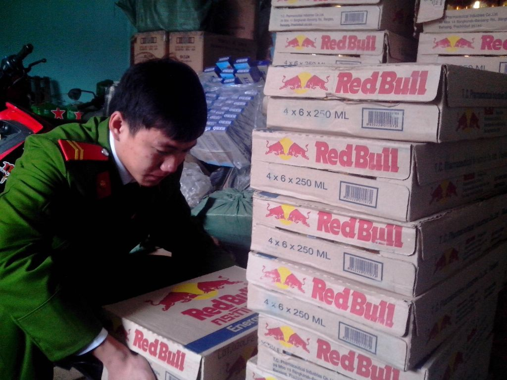 Số hàng hóa nhập lậu bị cơ quan chức năng thu giữ chờ xử lý