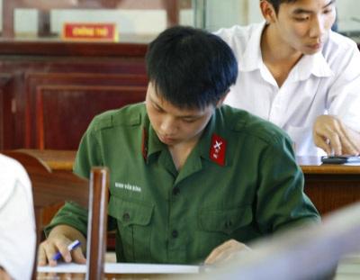 Các trường Quân đội không tuyển thí sinh có hình xăm  - 1