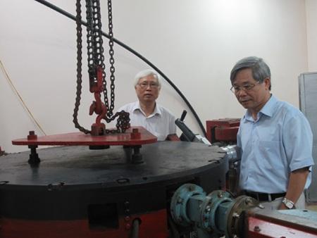 Đôi điều về 2 nhà Vật lý hạt nhân hàng đầu Việt Nam - 3