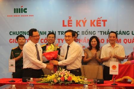 Lễ ký kết giữa MIC và Bộ GD-ĐT